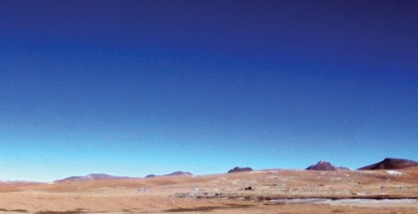 Wide shot of ALMA's clear blue skies