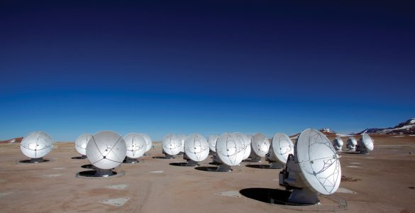 The Atacama Large Millimeter/submillimeter Array