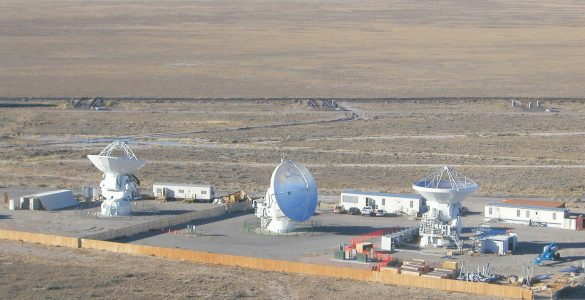 ALMA prototypes tested at the VLA