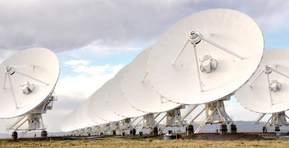 Lining up the VLA antennas