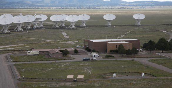 VLA antennas and Control Building
