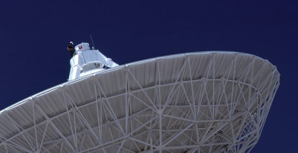 VLA antenna and worker