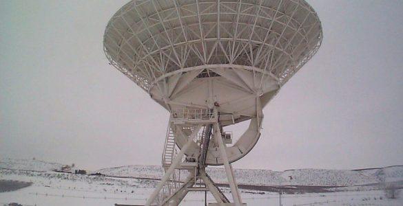 VLBA antenna in Brewster, Washington