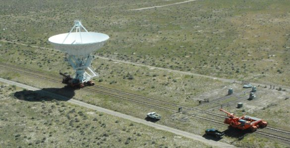 VLA antenna and transporter