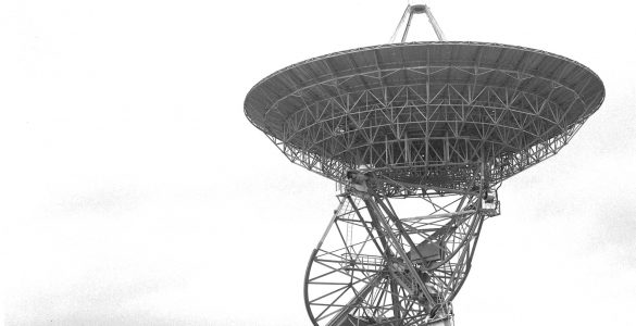 Hauling an 85-foot telescope around Green Bank