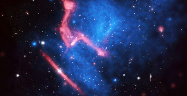 Colliding galaxy clusters MACS J0717+3745