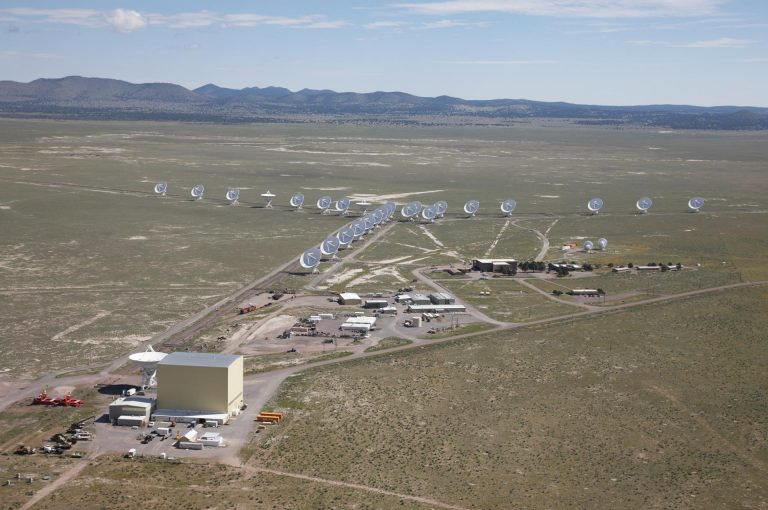 Aerial shot over the 27 telescopes of the Very Large Array.