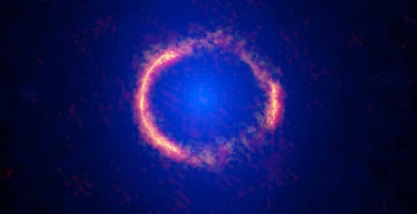 ALMA Sees Einstein Ring in Stunning Image of Lensed Galaxy