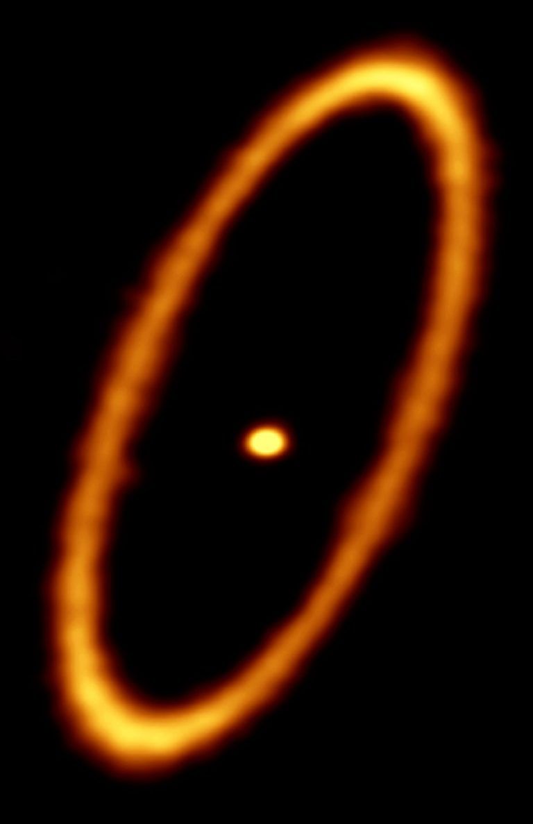 ALMA image of the debris disk in the Fomalhaut star system.