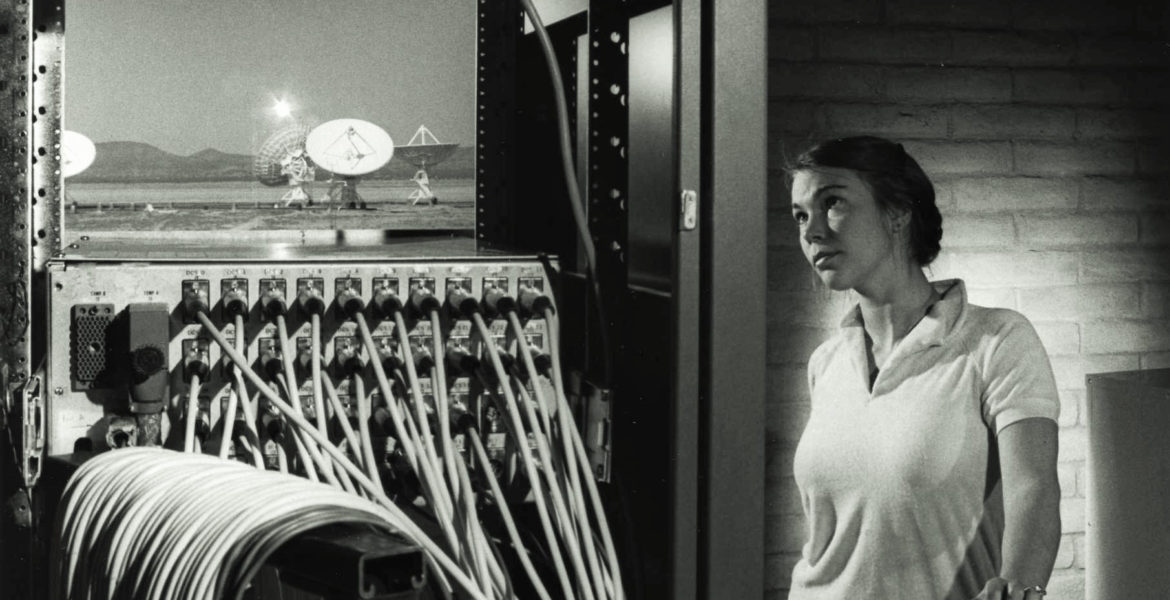 Configuring the Electronics at the Very Large Array, 1980